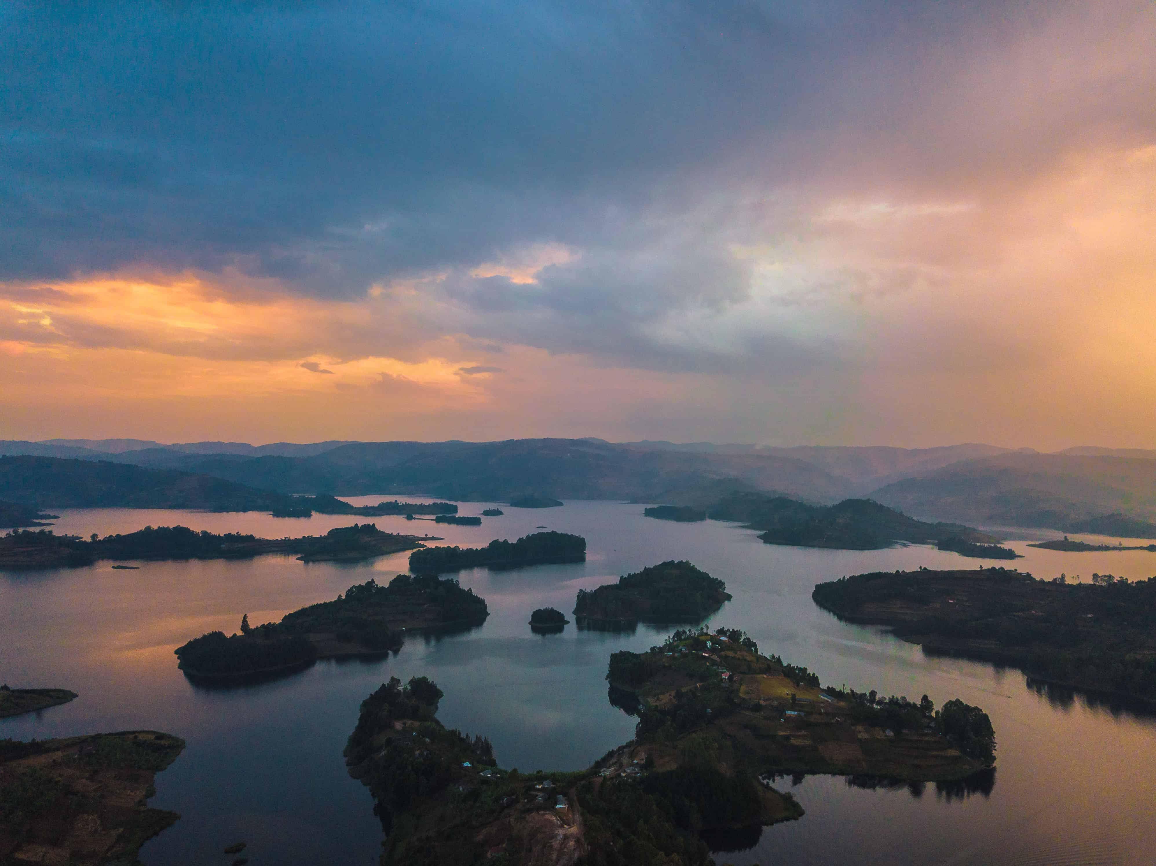 Uganda Deluxe Safari - Top Image